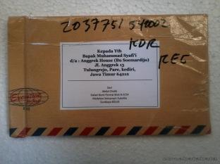 Paket dari komandan